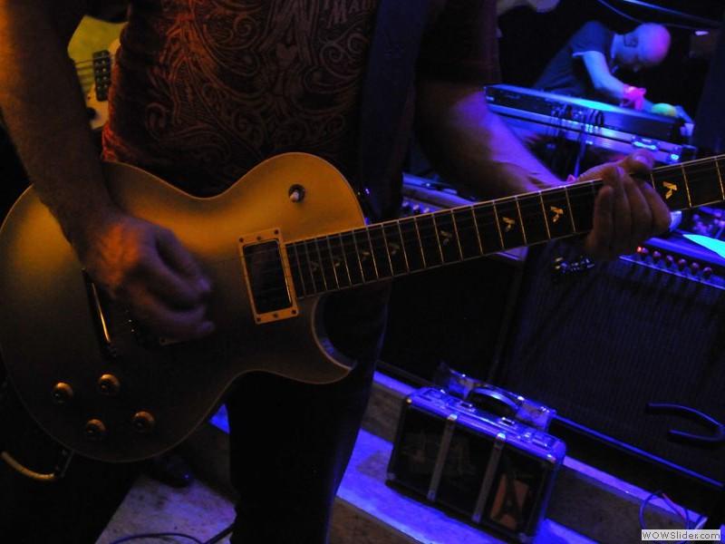 Kai - guitar FZ style
